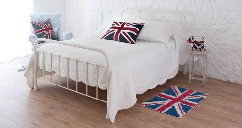Edward iron bed