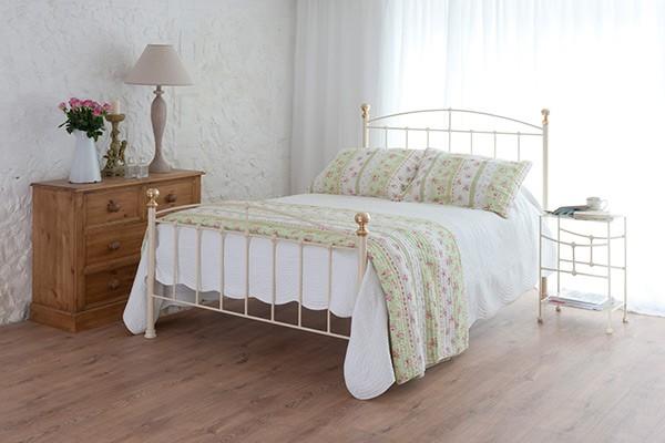jenny cream iron bed