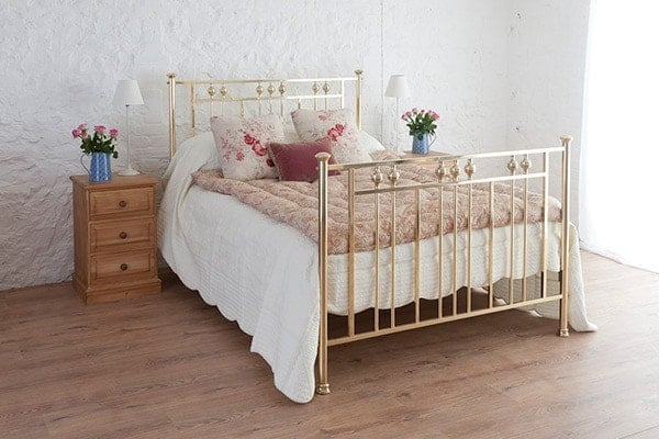rosie king size brass bed