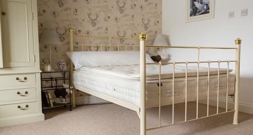 pillow top pocket sprung mattress