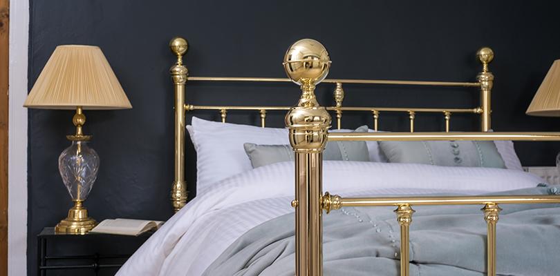 Arthur brass bed close up