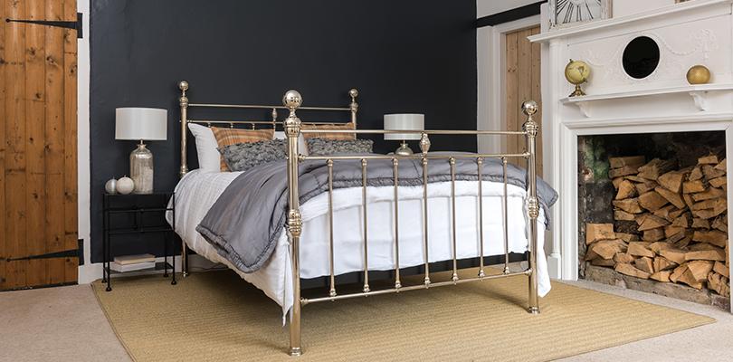 Arthur double nickel bed