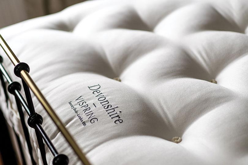 vispring devonshire tufts close up