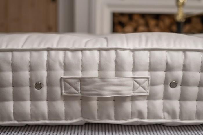 vispring regal handside stitched mattress