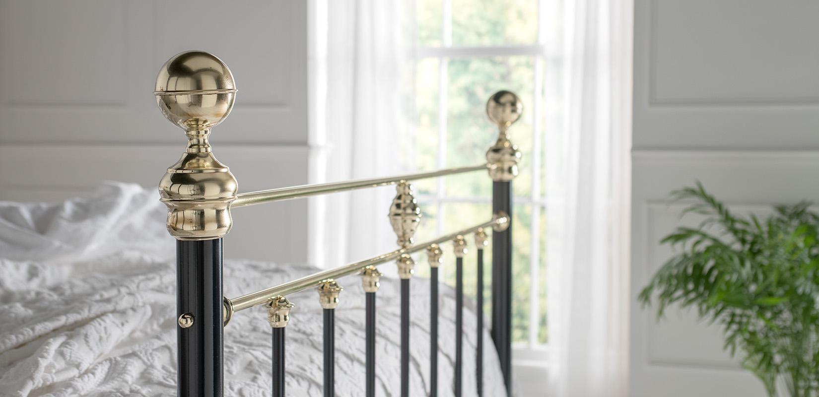 Brass-Beds_Frederick_Finial