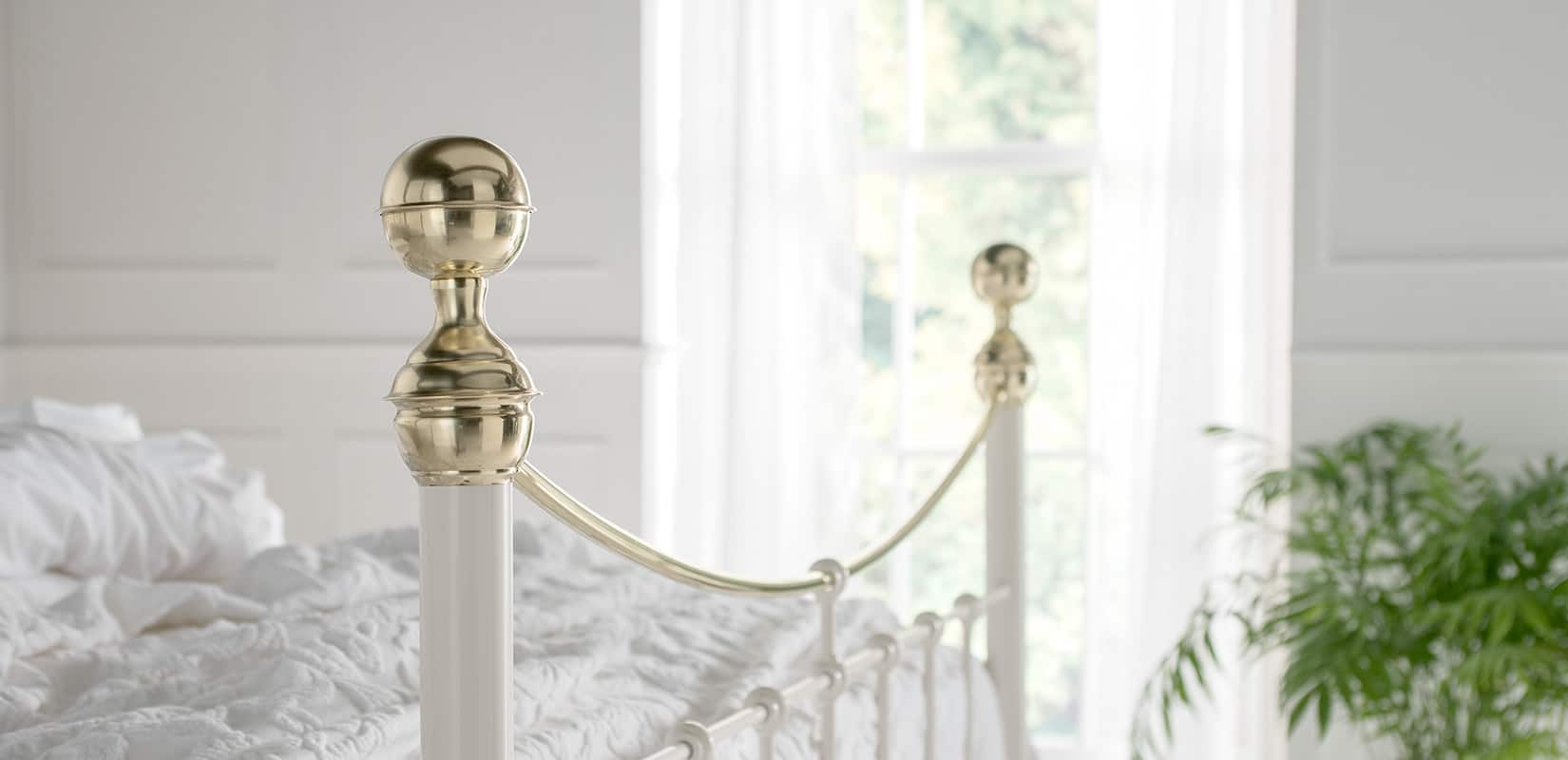 Brass-Beds_Victoria_Finial
